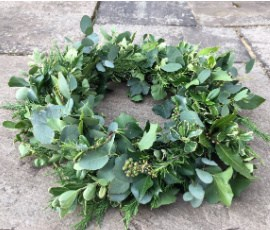 wreath with ivy on patio